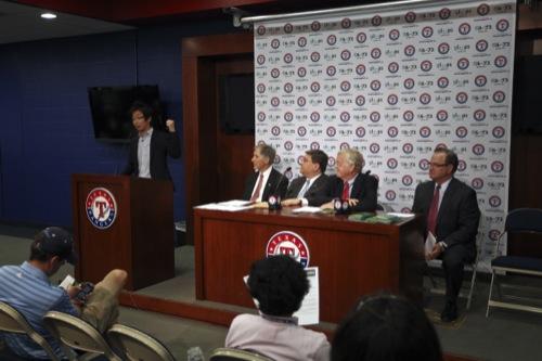 gloops、ダルビッシュ選手とテキサス・レンジャーズ野球財団と共に「TOMODACHIイニシアチブ」に寄付