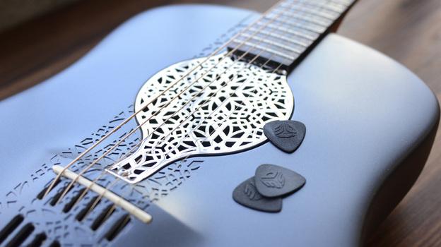 3Dプリンタで出力された美しいアコースティックギター1