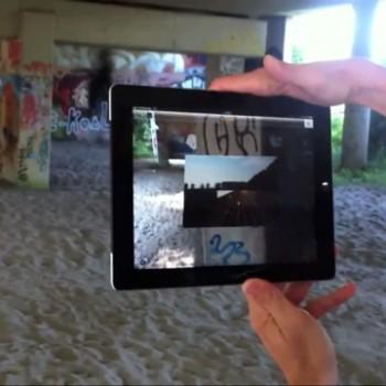 会場は鉄道の高架下—オランダのアーティストが落書きをARマーカーにした展覧会を開催