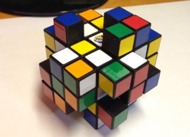 スムーズに動く3Dプリンタ製のルービックキューブ