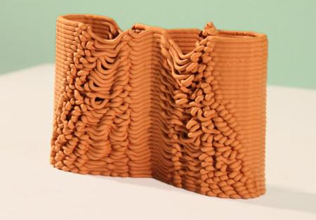 陶芸×3Dプリンタ?! 粘土を素材にできる3Dプリンタ「FabClay」3