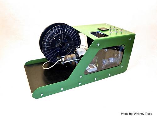 出力に失敗してもこれで安心---3Dプリンタの出力素材をリサイクルできる「Filabot」