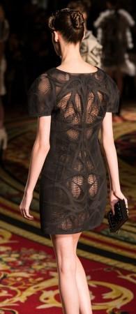 パリ・ファッション・ウィークに3Dプリンタ製の服が登場4