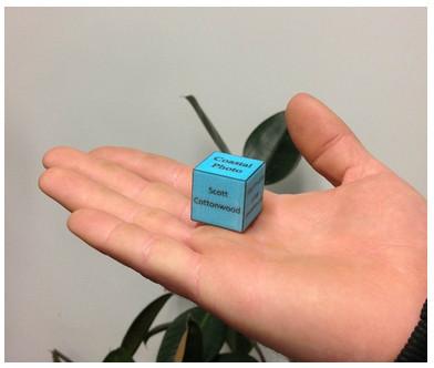 これで営業活動もバッチリ! 3Dプリンタで作るキューブ型名刺「Calling Cube」1