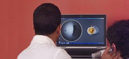 耳の穴に入れるだけでOK!瞬時に耳の内部を計測できるハンディ3Dスキャナ「Lantos Technologies」