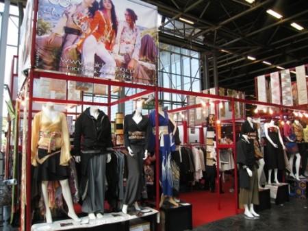 【Japan Expoレポート】着物と和柄を世界へ! フランスベースの日仏ファッションブランド「AOI Clothing」3