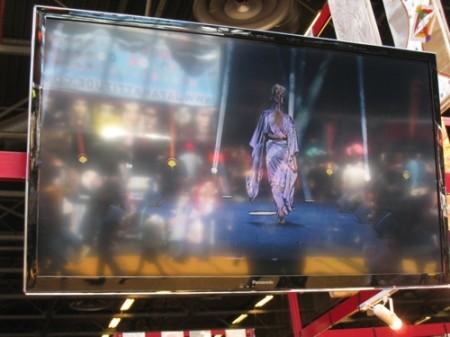 【Japan Expoレポート】着物と和柄を世界へ! フランスベースの日仏ファッションブランド「AOI Clothing」2