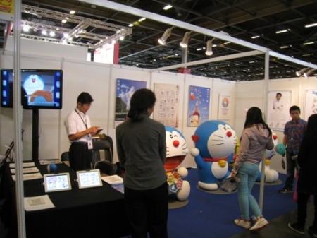 【Japan Expoレポート】Japan Expoだよドラえもん!藤子プロブースに等身大ドラえもん出現1