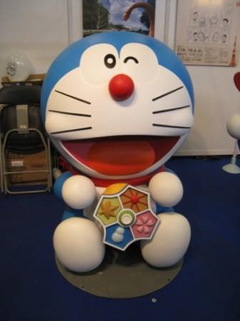 【Japan Expoレポート】Japan Expoだよドラえもん!藤子プロブースに等身大ドラえもん出現4