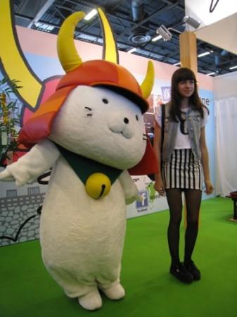 【Japan Expoレポート】ゆるキャラブームの火付け役ひこにゃん、彦根ブースで彦根城をPR4