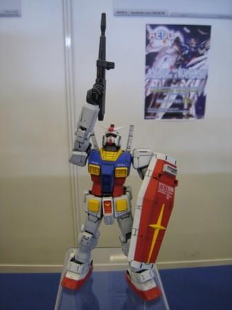 【Japan Expoレポート】フランスのガンダムファンってどんな感じ? 非営利活動団体「AEUG: Association pour l'essor de l'univers Gundam」(ガンダムの世界を世に広める会)のブースをレポート9