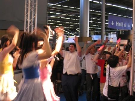 【Japan Expoレポート】歌ってみた、茶道実演、武将隊、カラオケ、進撃の巨人、痛車etc...Japan Expoいろいろ写真レポート32