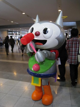 【TGS2013レポート】会場内で見かけた着ぐるみ&コンパニオンさん(その他いろいろ)写真集1