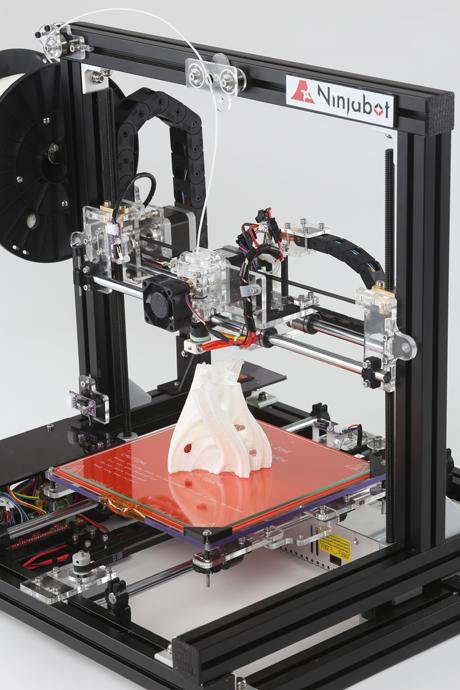 三豊工業、3月下旬より国内アセンブリ3Dプリンタ「ニンジャボット」を販売1