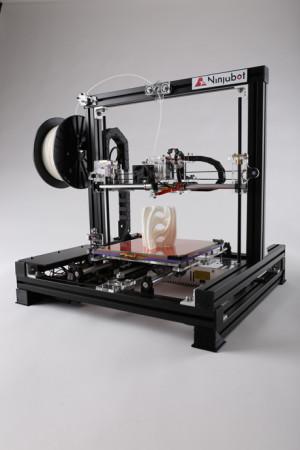 三豊工業、3月下旬より国内アセンブリ3Dプリンタ「ニンジャボット」を販売2