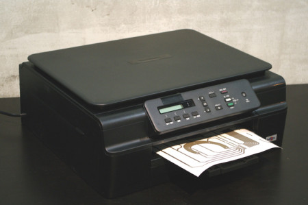東大発ベンチャーのAgIC、家庭用プリンタで作れる電子回路作成キット「AgIC Print」の開発資金をKickstarterで募集中3