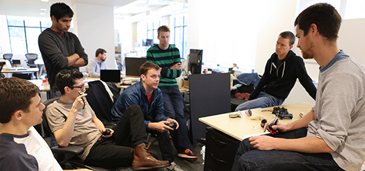 Facebook傘下のOculus VR、製品開発のCarbon Design Groupを買収1