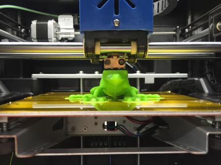 プリンタス、6万円未満の家庭用3Dプリンタ「キュービス CUBIS」を販売開始2