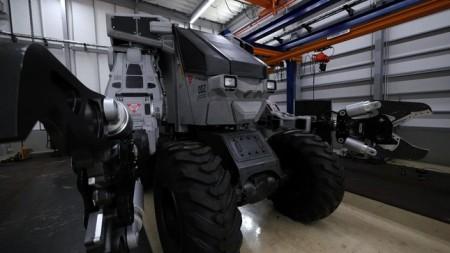 タグチ工業、「お台場夢大陸」に次世代の重機型巨大ロボット「SUPER GUZZILLA」を出展
