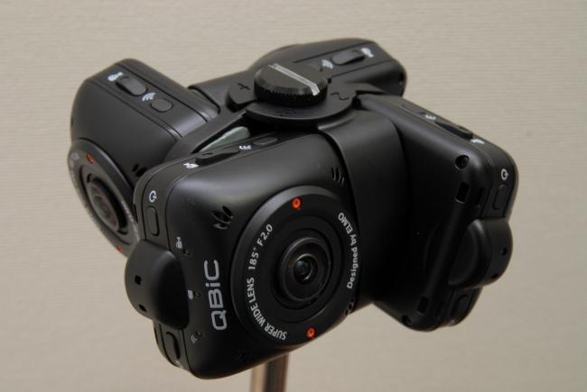 エルモ社、全天球パノラマ動画撮影用カメラ「QBiC Panorama X」を9/24に発売