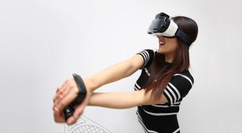 サムスン、CES 2016にて「Gear VR」用コントローラー「Rink」を発表