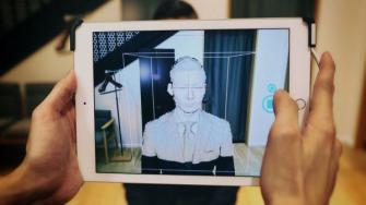 青山商事、自分の顔を3D撮影して仮想試着ができる「バーチャルフィッティングアバターシステム」を独自開発
