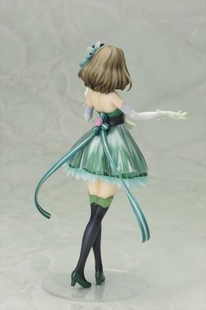 壽屋、「アイマス シンデレラガールズ」の高垣楓をアイドル衣装でフィギュア化 8月に発売