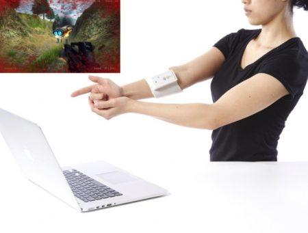 H2L、「触感型ゲームコントローラ UnlimitedHand」をVR開発者向けに販売