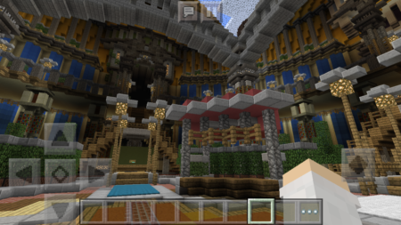 InfoLens、「Minecraft – Pocket Edition」でオンライン対戦が楽しめる商用サーバーを運用開始