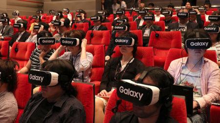フジテレビとグリーがVRプロジェクトを本格化 100人同時にVR視聴体験を提供する記者発表会を開催
