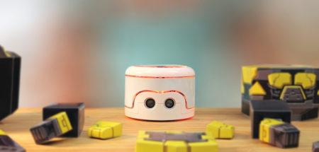 「Slush 16」にも出展したプログラミング学習用ロボット「Kamibot」、「Makuake」にてクラウドファンディングを開始
