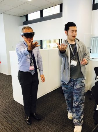 ゆめみと近畿大学、5/15に「HoloLens」で未来のビジネスを考えるイベントを開催