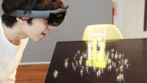 太陽企画、HoloLensを使用した次世代型エンタメMRコンテンツ「HOLOBUILDER」を公開