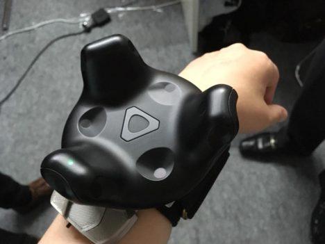 【TGS2018レポート】気分はまるでアイアンマン 指の動きだけでゲームを操作できる台湾発のウェアラブルセンサーを試してみた