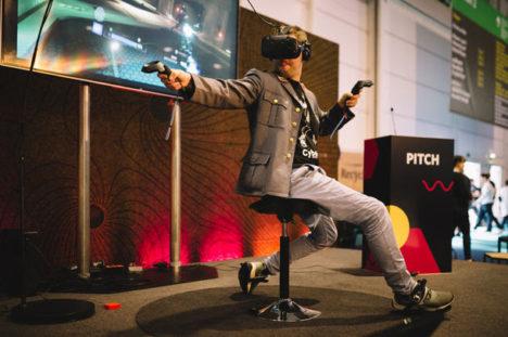 歩行用VRデバイス「Cybershoes」、Indiegogoにてクラウドファンディングプロジェクトを開始