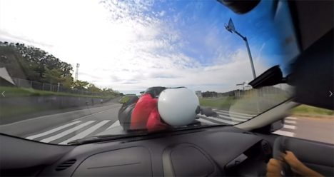 カーメイトと大分県警、交通事故を疑似体験できる「VR交通安全動画」を開発