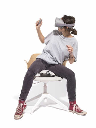 VR空間内を移動できる椅子型デバイス「VRGO」、Kickstarterでプロダクト第二弾「VRGO MINI」を発表