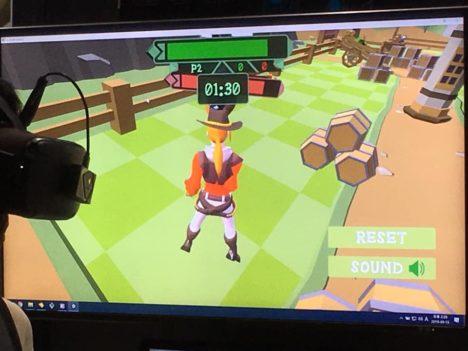 【TGS2019レポート】これがもともとの使い方 顔を撃たれた衝撃も体感できる触覚VRスーツ「bHaptics」